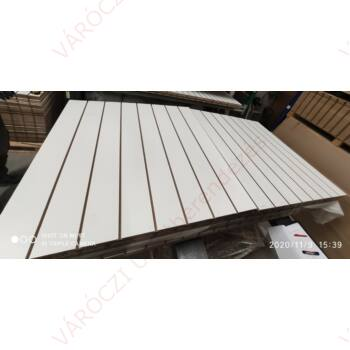 SÉRÜLT alusínes panel, 15 cm-es osztással, FEHÉR, 1200 x 2400 mm FÉLBEVÁGVA!